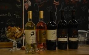 Fotografie Wine O'Clock - 2