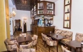Maroon Bistro Café - 0