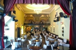 fotografie Godot Cafe-teatru