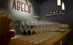Fotografie Abel's Wine Bar and More - 3