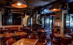 Daniel's American Pub & Restaurant - 0