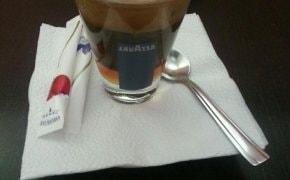 Fotografie Inside Bistro Café - 3